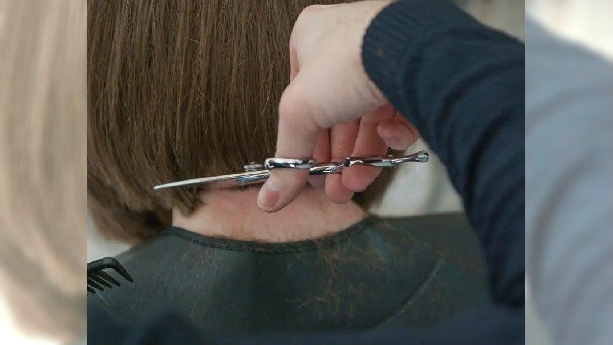 Nowe zasady w otwartych od dziś salonach fryzjerskich i kosmetycznych. O czym musimy pamiętać?