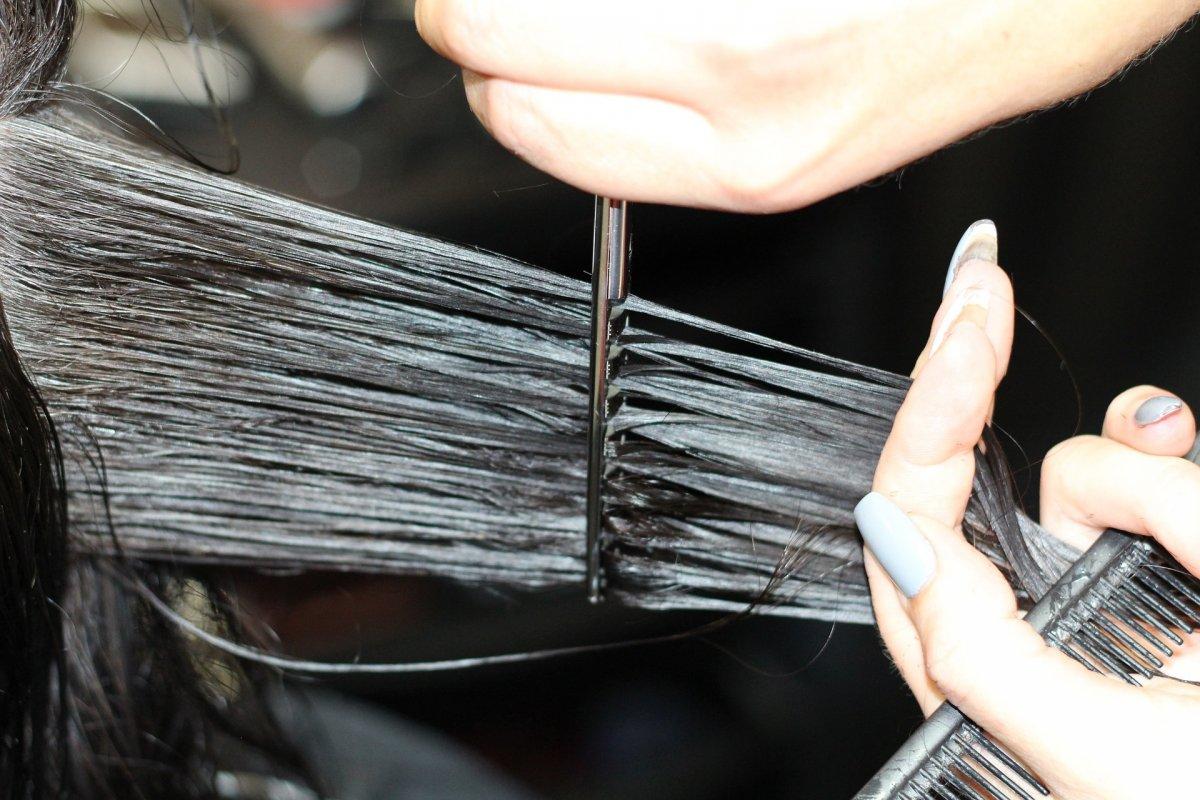 Koronawirus: Kiedy otwarcie salonów fryzjerskich i kosmetycznych? Mamy informację!