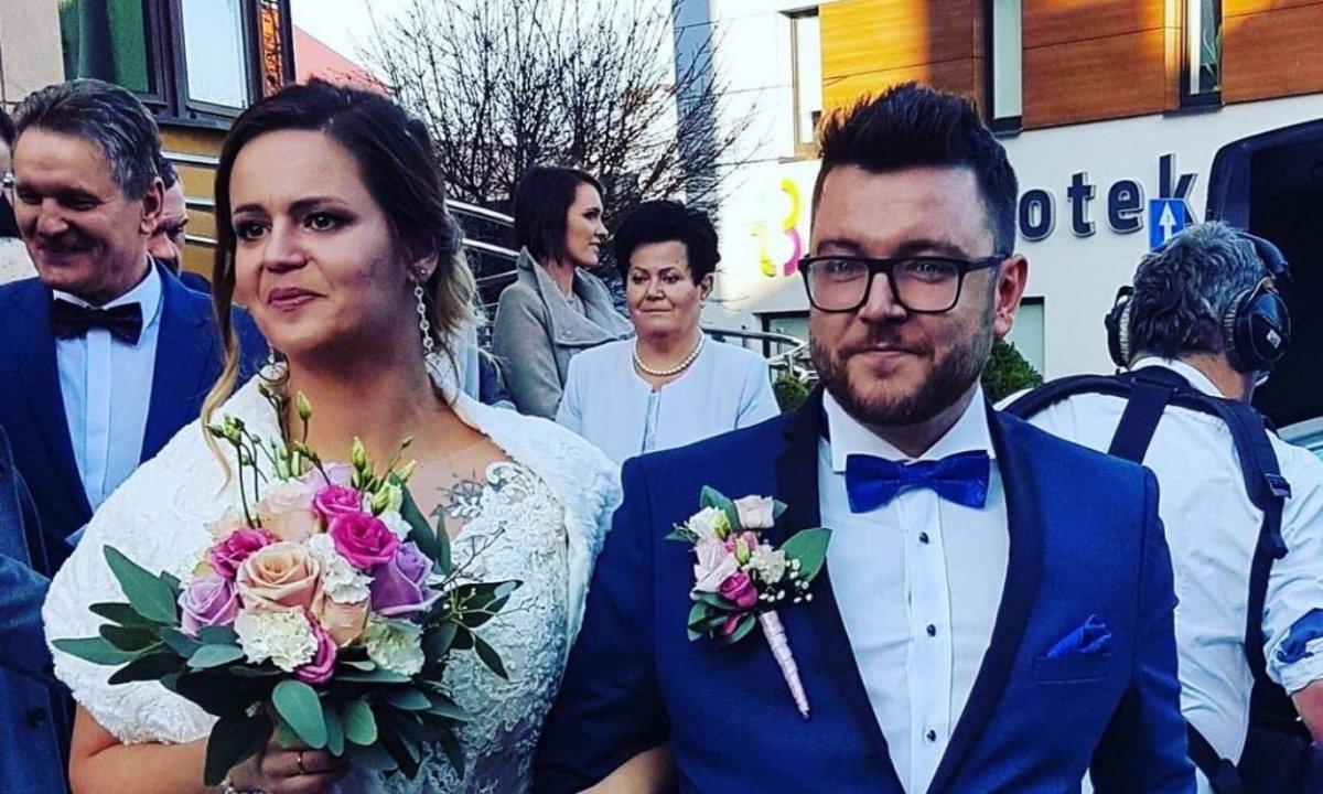 """Ślub od pierwszego wejrzenia: Wojtek chwali się """"legalnym"""" zdjęciem z żoną. """"Czekałem ponad rok"""""""