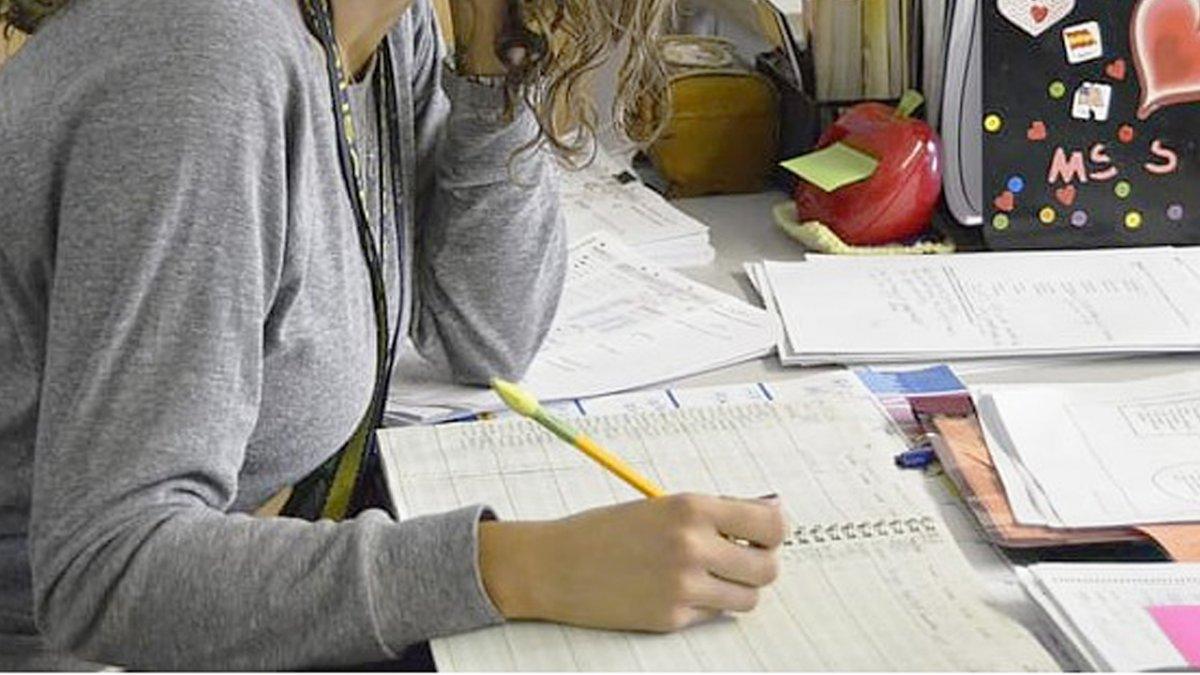34-letnia nauczycielka przyłapana z 13-latkiem. Zaszła z nim w ciążę, a po latach się pobrali