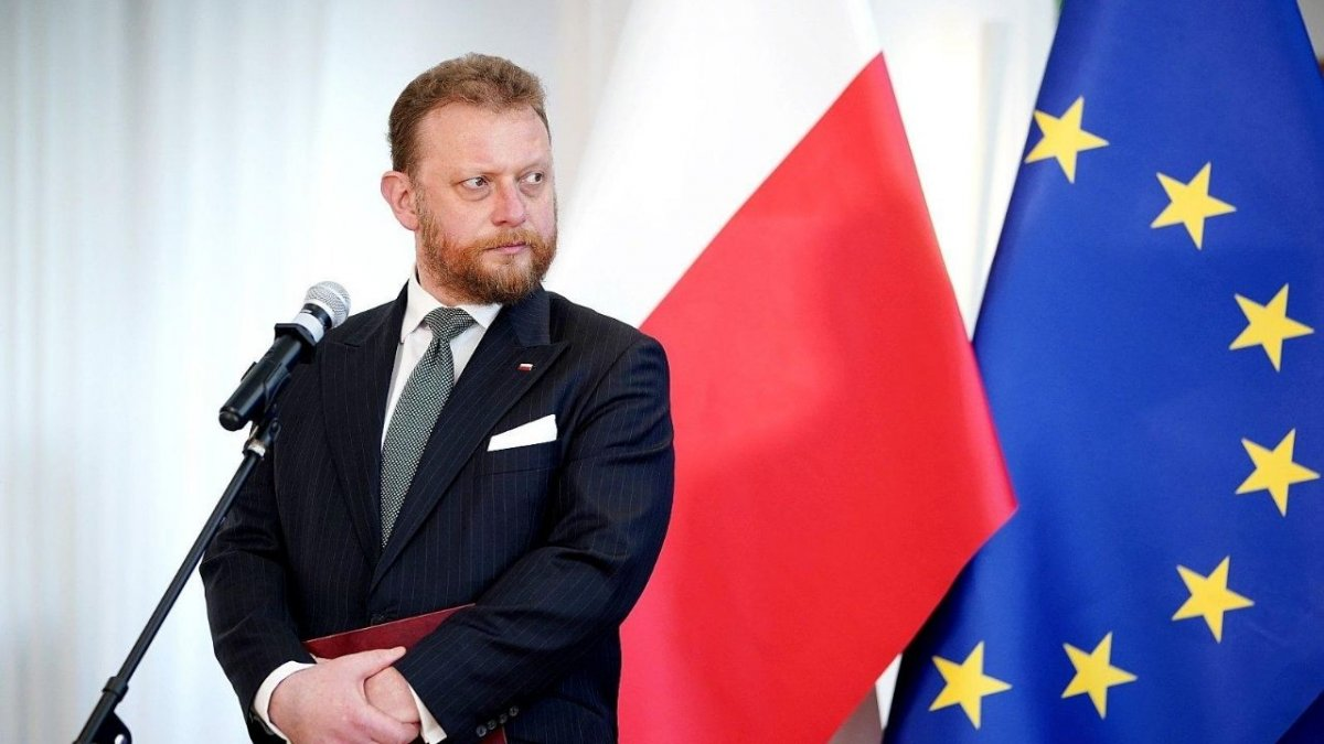 Minister Szumowski wybrał się na wakacje. Do kraju, z którym za kilka dni obowiązuje zakaz lotów