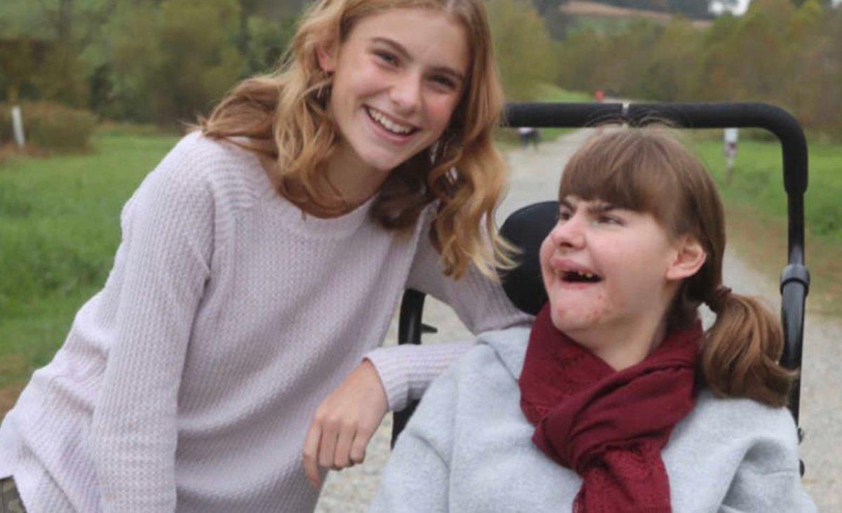 """""""Przechodnie patrzą na moją siostrę z litością i smutkiem. Dziś do nich właśnie się zwracam!"""""""