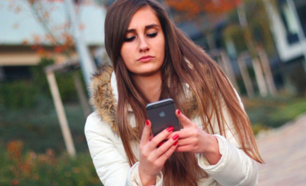 8 oznak, że utknęłaś w jednostronnej relacji, a Twojemu partnerowi nie zależy tak jak Tobie