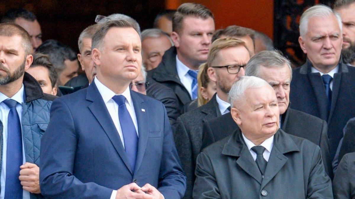 Zanosi się na rozwód? Andrzej Duda nie zamierza przepuścić ustawy PiS