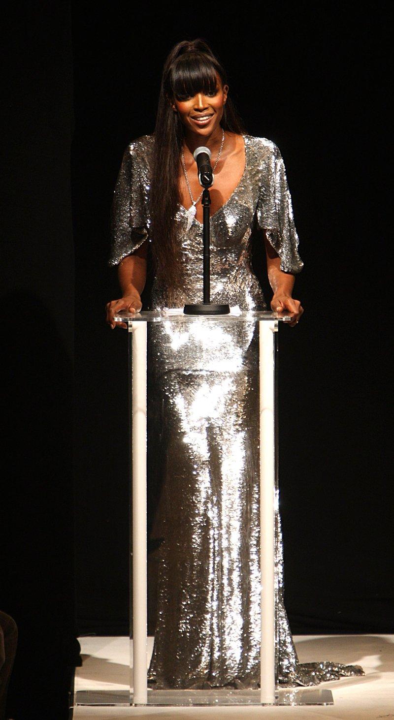 Naomi Campbell podczas London Fashion Week