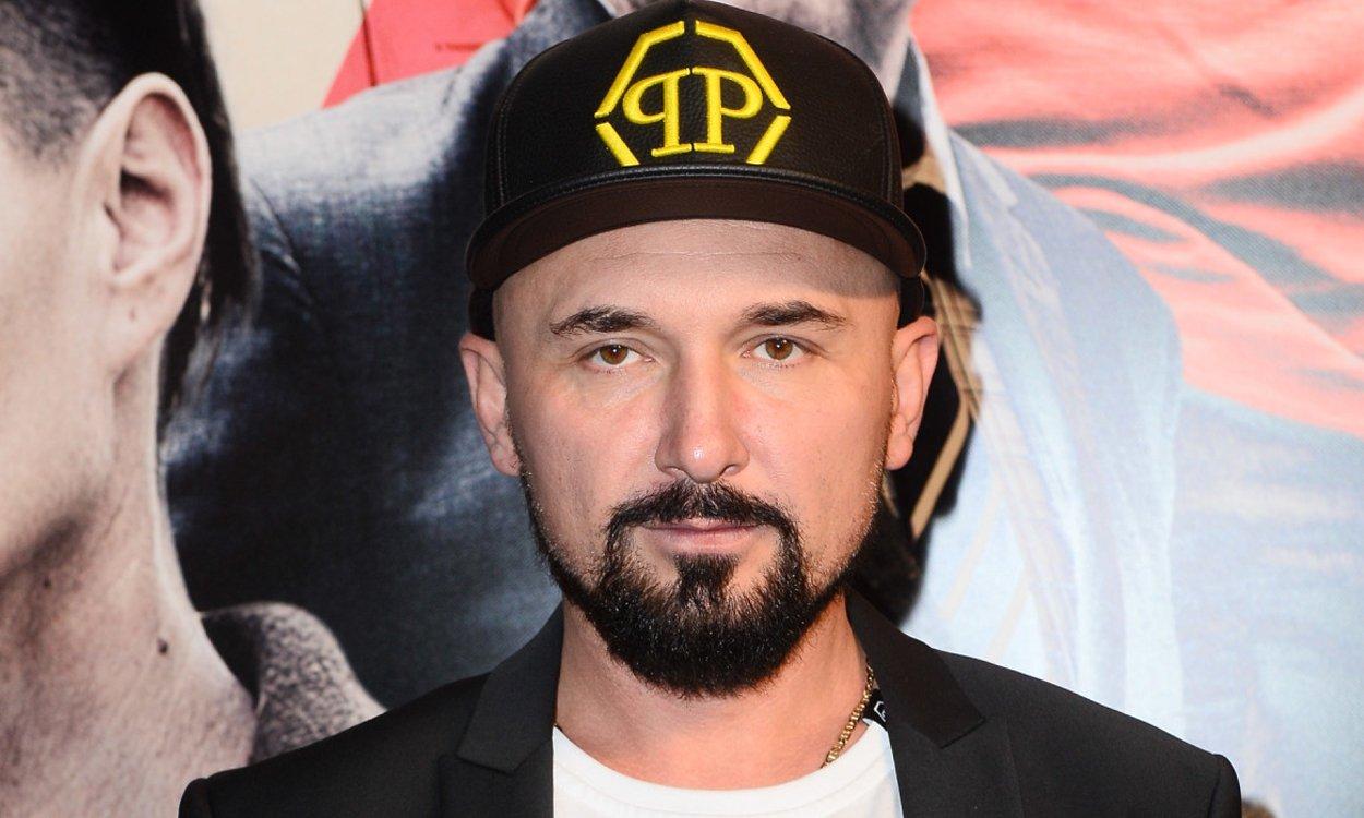 """Vega kręci teraz film. Borys Szyc i Karolina Korwin Piotrowska oburzeni: """"To jest PASKUDNE!"""""""