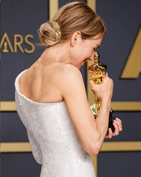 Renee Zellweger z Oscarem