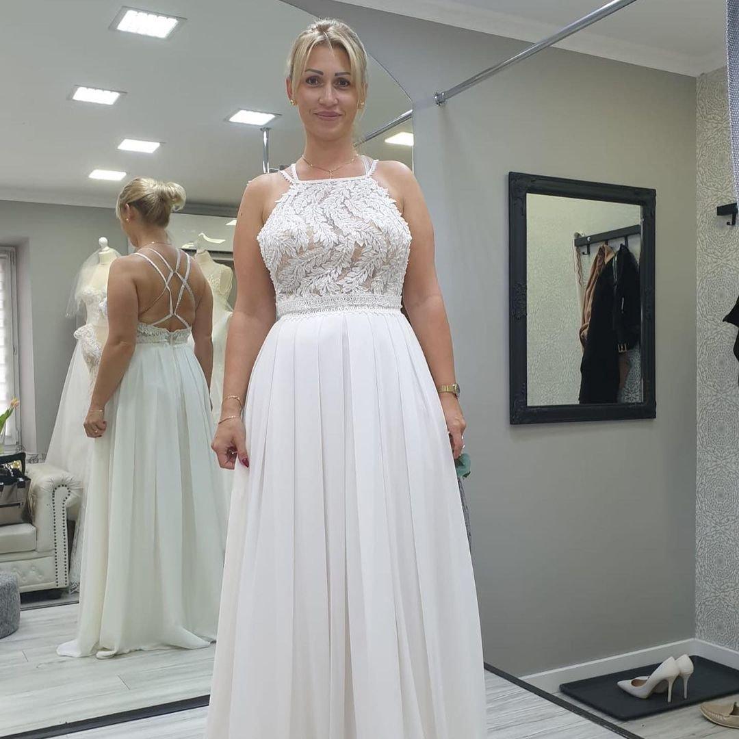 Izabela Juszczak w sukni ślubnej
