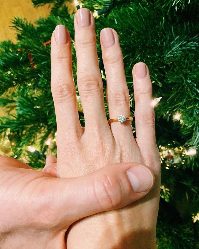 Krzysztof Ibisz, pierścionek zaręczynowy