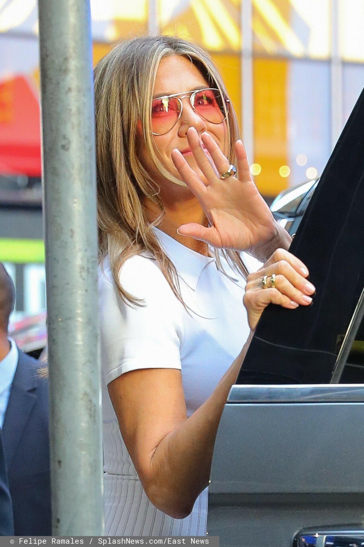 Jennifer Aniston macha fanom