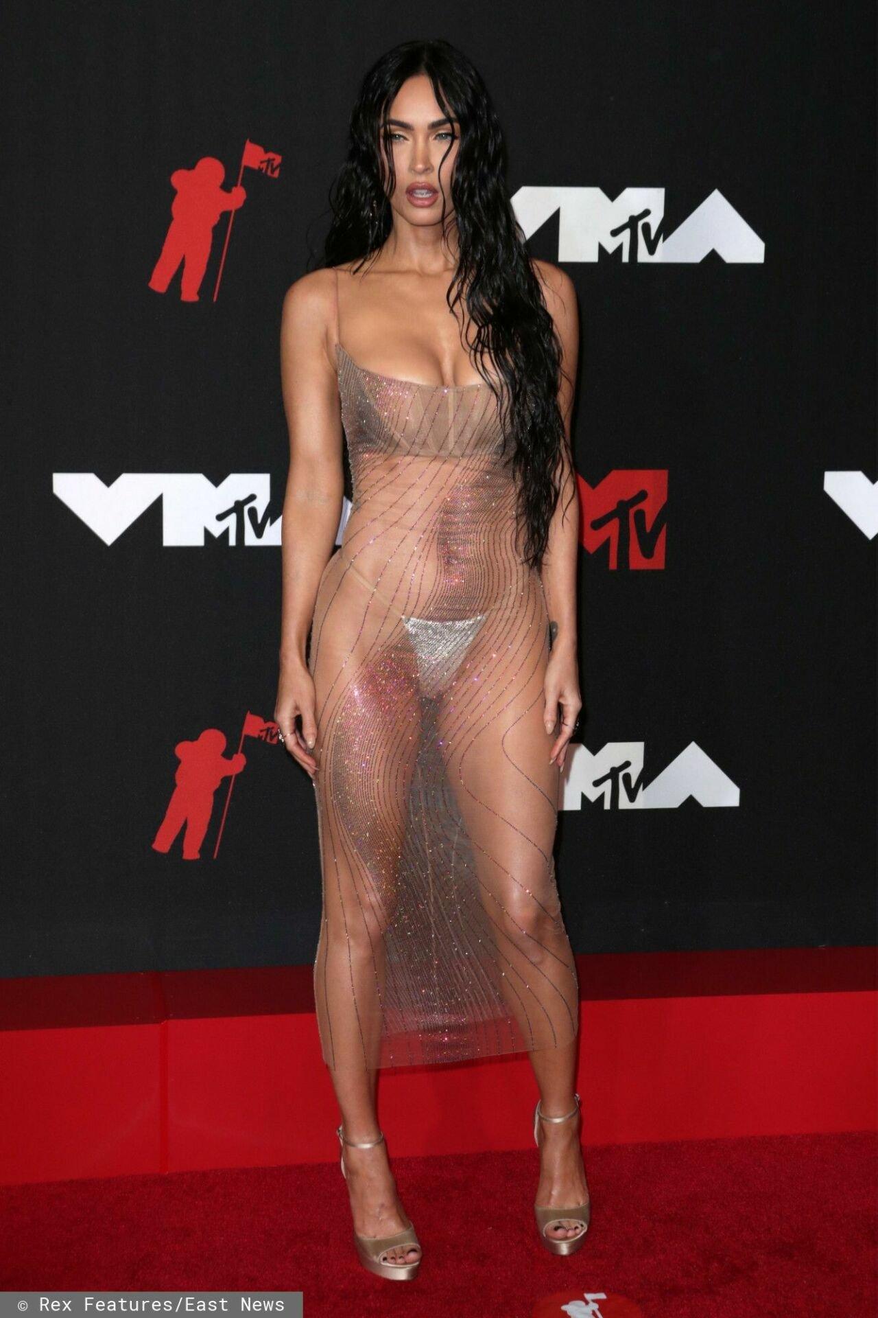 Megan Fox w przezroczystej sukience