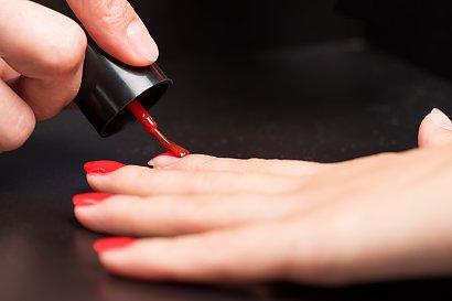Czerwone paznokcie - 19 inspiracji na czerwony manicure [GALERIA]