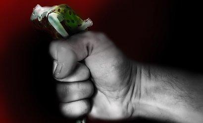 Dramat na Podlasiu: skatował żonę na śmierć. Latami ją gnębił, a przed sądem zapewnia, że jest niewinny