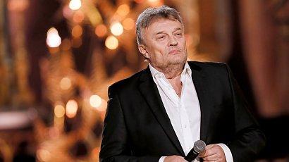 Krzysztof Cugowski martwi się o najmłodszego syna. Niedługo będzie musiał wyjechać z kraju