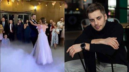 """Dawid Czupryński z """"Na Wspólnej"""" wziął ślub! Kim jest jego wybranka?"""
