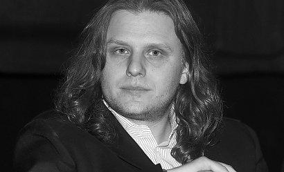 Dziś pierwsza rocznica śmierci Piotra Woźniaka-Staraka. Do tragedii doszło na jeziorze Kisajno