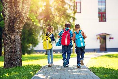RADZIMY: Dlaczego powrót do szkoły jest w tym roku taki trudny