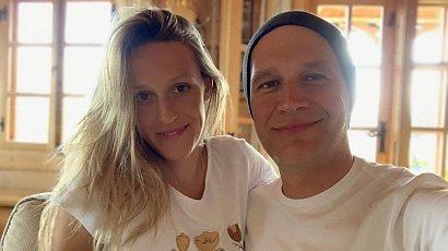 Aleksandra Żebrowska pokazała jak krami piersią na Instagramie. Przy okazji utarła nosa hejterom