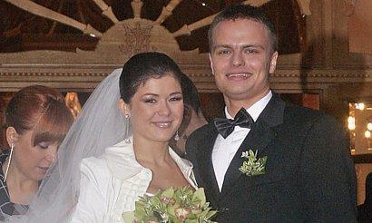 Kasia Cichopek obchodzi 12 rocznicę ślubu! Pamiętacie, jaką miała suknię ślubną?