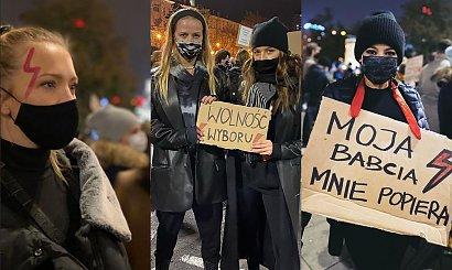 Strajk Kobiet w piątek: Tak wyglądał okiem celebrytów i gwiazd. Mucha z nogą w gipsie