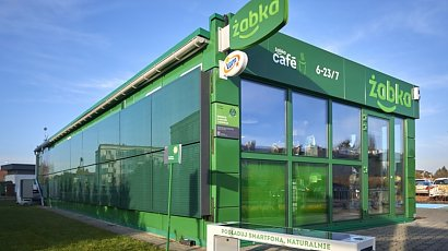 Żabka otworzyła sklep zasilany w 100% zieloną energią