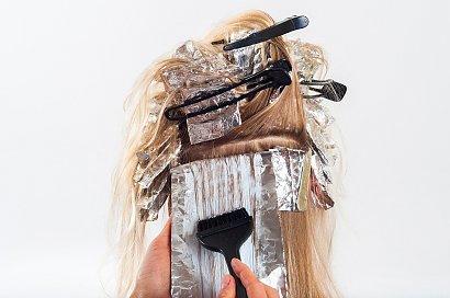 Robisz to z włosami? Możesz mieć większe ryzyko raka piersi!