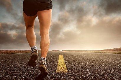 Lepiej biegać na bieżni czy na świeżym powietrzu? Tego mogłaś nie wiedzieć