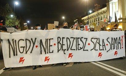 """MEN ostrzega nauczycieli, którzy brali udział w strajku: """"Będą wyciągnięte konsekwencje"""""""