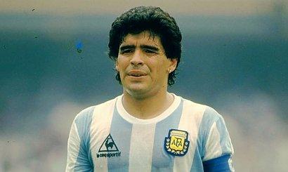 Diego Maradona nie żyje. Legendarny argentyński piłkarz miał 60 lat