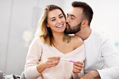 Wczesne objawy ciąży. Masz je? Zrób test!