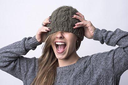 Jak wybrać stylowe nakrycie głowy? Udajemy się na zakupy!