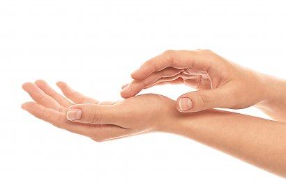 Sprawdź, jak szybko rosną paznokcie i co zrobić, by ten proces przyspieszyć