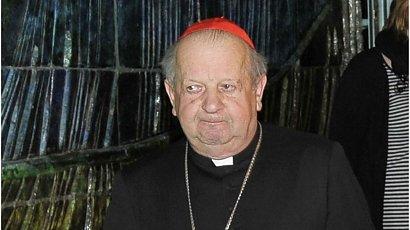 Kardynał Dziwisz wybacza Polakom za pytania o pedofilie. Znów mówi o ataku na Jana Pawła II