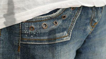 Jak usunąć tłuste plamy? Uratuj swoje zabrudzone ubrania