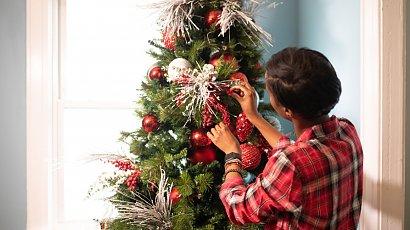 Ogórek na choince? Oto najdziwniejsze tradycje świąteczne na świecie!