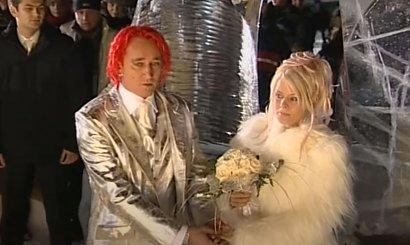 Michał Wiśniewski i Mandaryna 17 lat temu wzięli ślub w lodowej kaplicy! On miał srebrny garnitur, a ona...?