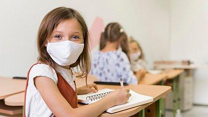 Znamy konkretną datę powrotu uczniów klas 1-3 do szkół. Minister Zdrowia podał szczegóły!