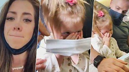 Wyproszono rodzinę z samolotu, bo zapłakana 2-latka nie chciała założyć maseczki