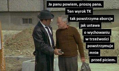 Zakaz aborcji w Polsce w 2021. Polacy komentują memami. Śmieszne czy smutne?