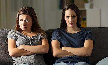 """""""Siostra nie chce się szczepić i namawia do tego rodziców. Nie chcę jej znać. Jestem załamana"""""""