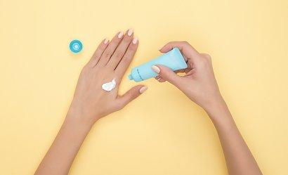 Pielęgnacja skóry dłoni - 3 kremy o najlepszym składzie