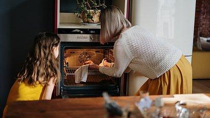 Jak zrobić mazurek wielkanocny? Prosty przepis, który zaskoczy Twoją rodzinę
