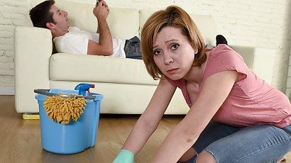 """""""Od 10 lat mój mąż nic nie zrobił w domu. Wszystko odkłada na kiedyś. Co za nierób..."""""""