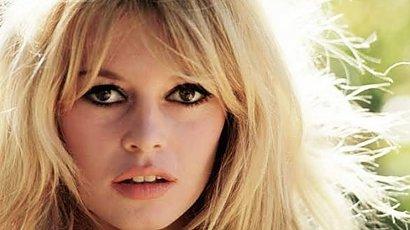 Jak stylizować grzywkę a'la Brigitte Bardot?