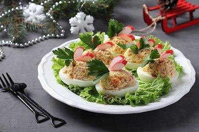 Faszerowane jajka na Wielkanoc - 3 przepisy