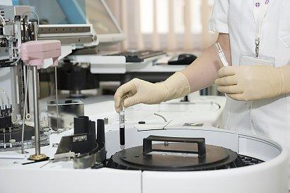 Aborcja w Polsce miesiąc po wyroku TK: Aborcji jest więcej, badań genetycznych mniej