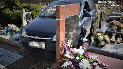 88-latek ze Śląska wjechał na cmentarz samochodem. Wyznał policji, dlaczego to zrobił