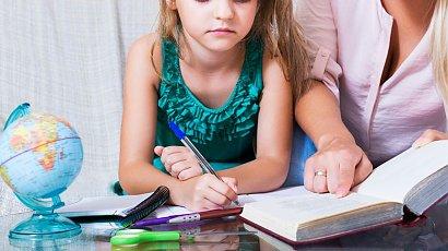 """""""Nauczyciele nie powinni zadawać prac domowych dzieciom. Maluchy mają inne zajęcia!"""""""
