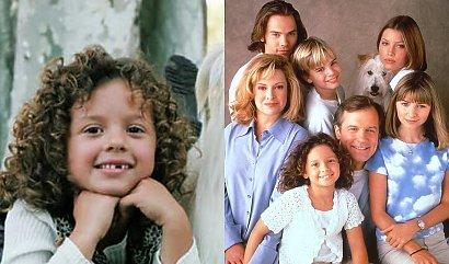 """Pamiętacie Ruthie z serialu """"Siódme niebo""""? Wszyscy zachwycali się jej kręconymi włosami. Dziś Mackenzie Rosman ma już 32 lata"""