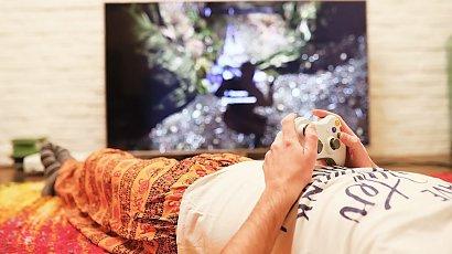 """""""Mój mąż uzależnił się od gier. Nie robi nic poza siedzeniem przed telewizorem..."""""""